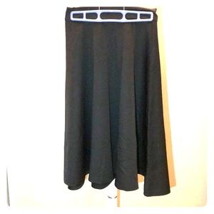 Dresses & Skirts - Little black skirt